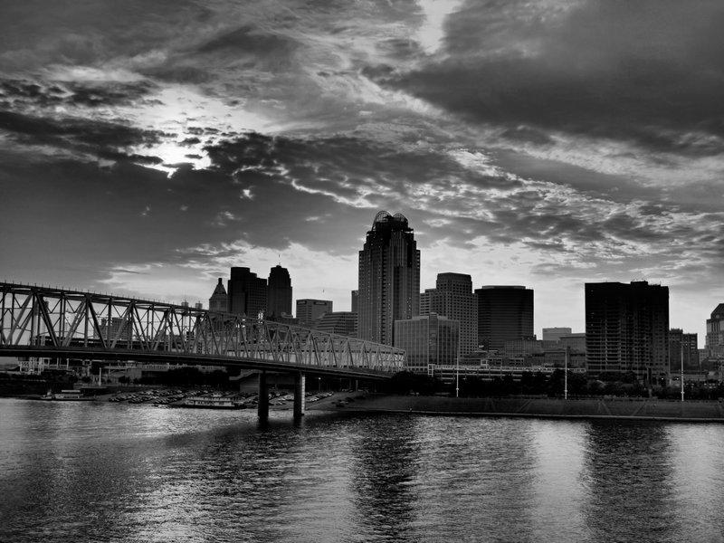 Cincinnati Skyline HDR by HD Wallpaper